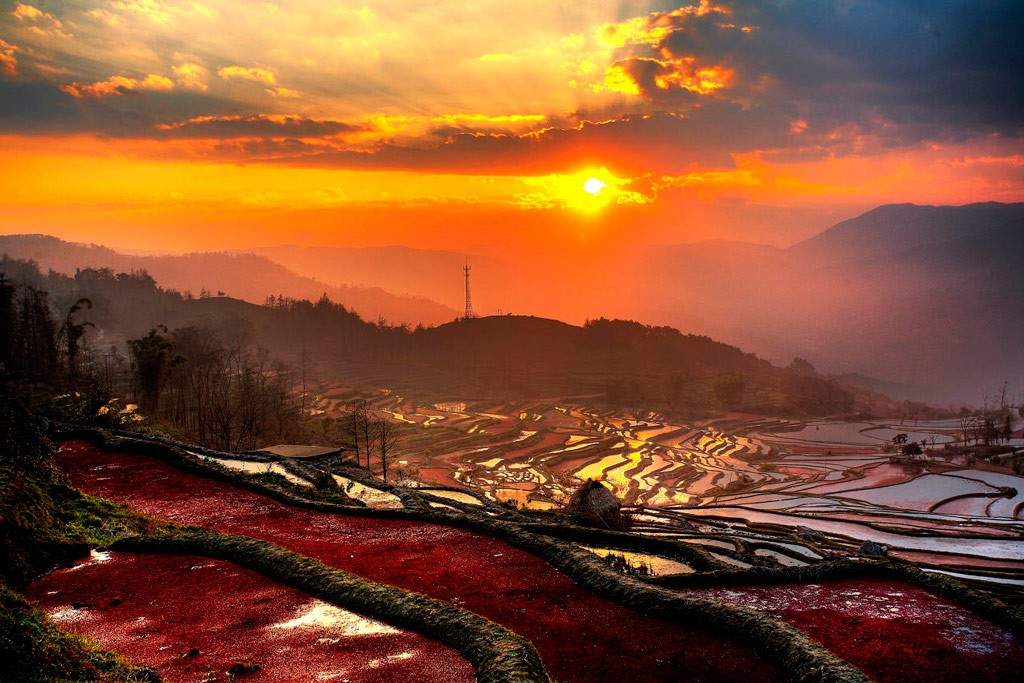 Рисовые террасы Хунхэ-Хани (провинция Юньнань), Китай