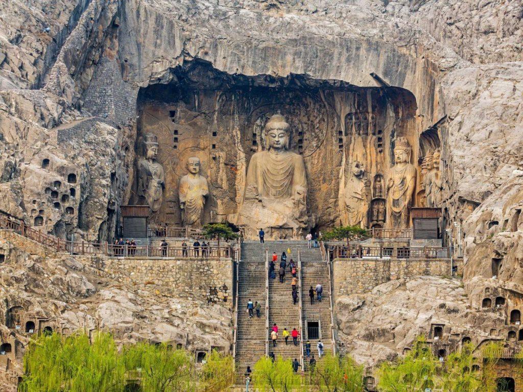Пещерные храмы Лунмэнь (провинция Хэнань), Китай