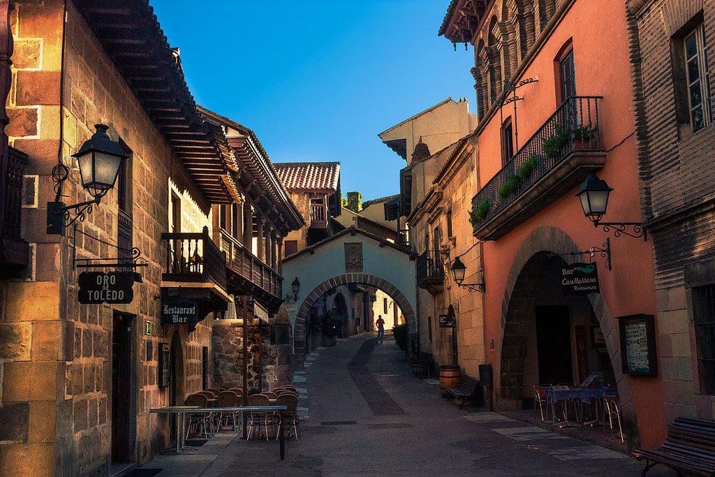 Испанская деревня (г. Барселона), Испания
