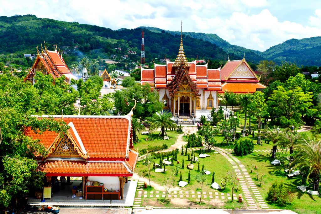 Храм Ват Чалонг (о. Пхукет), Таиланд