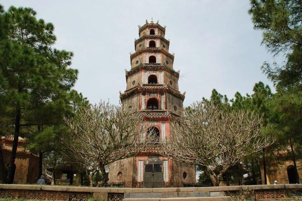 Пагода Тьен Му, Хюэ