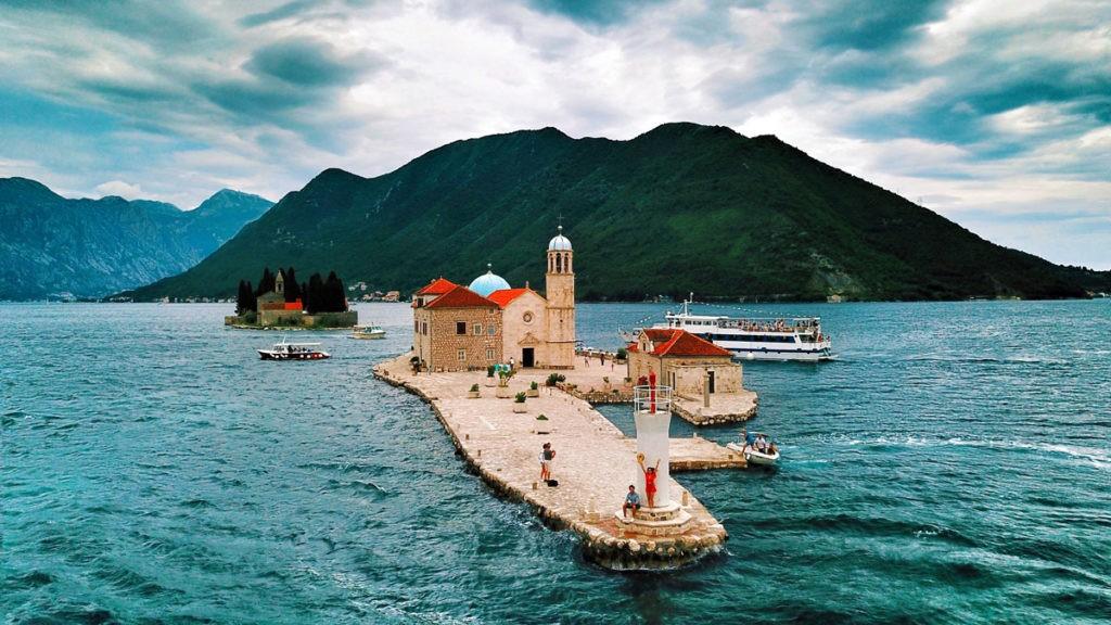 Остров Госпа-од-Шкрпьела, Пераст, Черногория