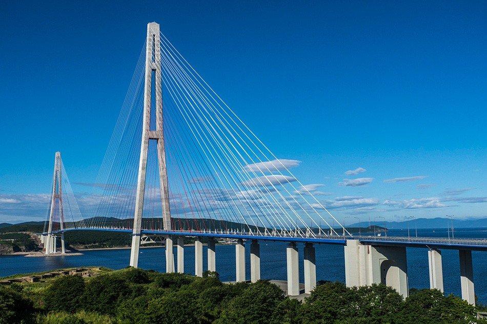 Вантовые мосты во Владивостоке