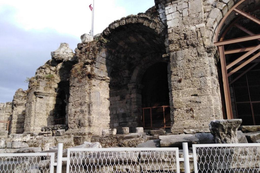 Храм Диониса, Сиде