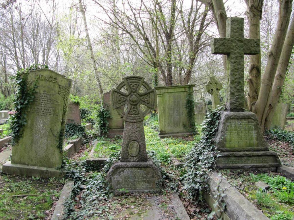 Хайгейтское кладбище, Лондон