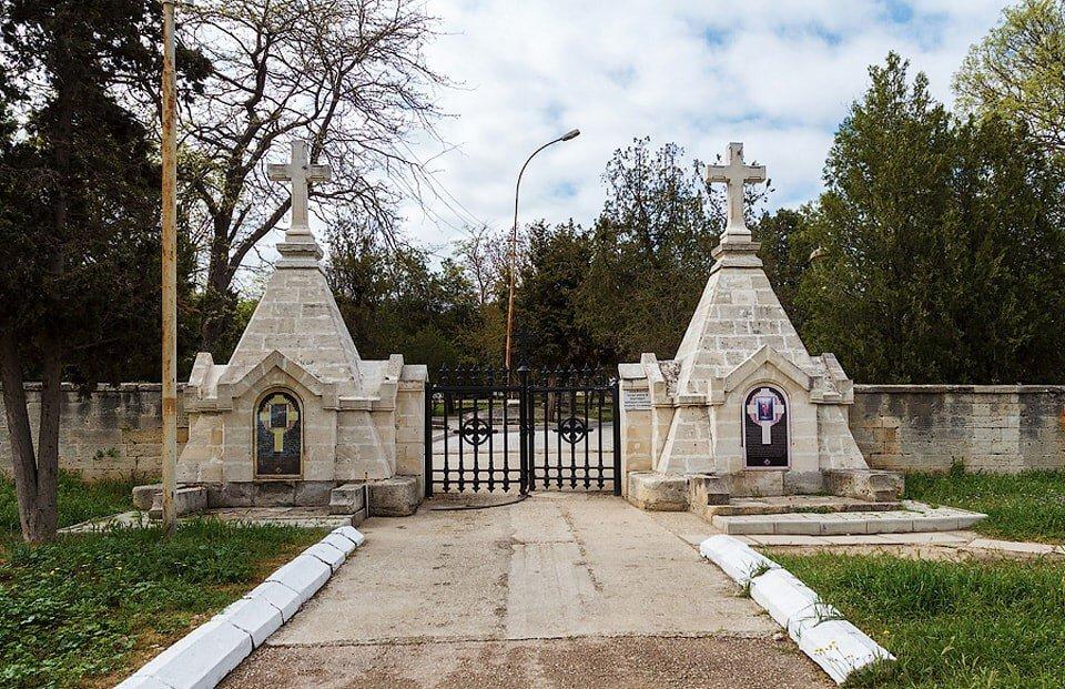Кладбище защитников Севастополя