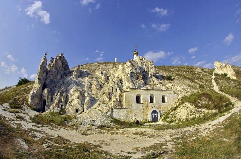Дивногорский мужской монастырь