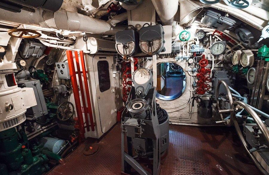 Мемориальная Гвардейская Краснознамённая подводная лодка С-56, Владивосток