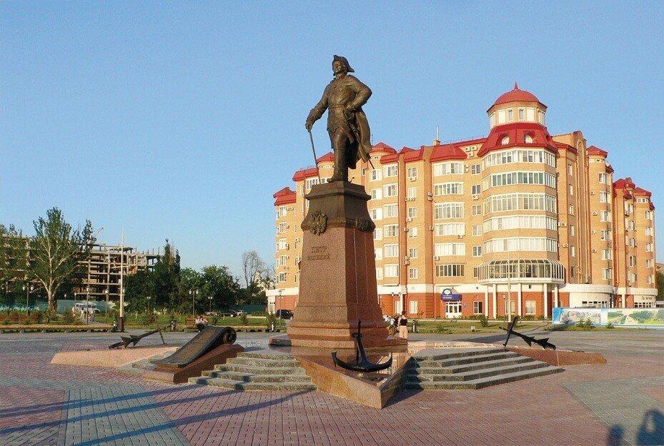 Памятник Петру I, Астрахань