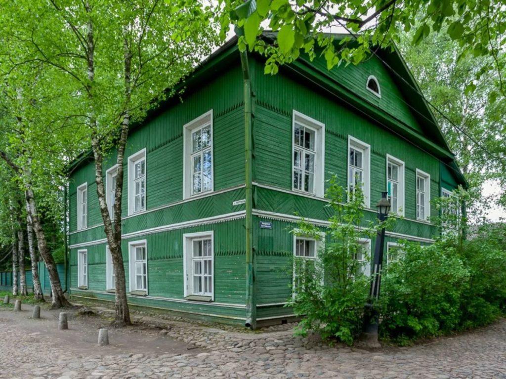 Дом-музей Ф. М. Достоевского, Старая Русса