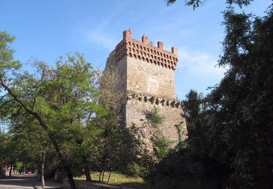 Башня cвятого Константина, Феодосия