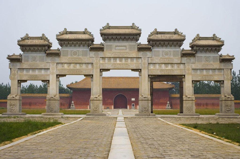 Гробницы императоров династии Мин и Цин, Китай
