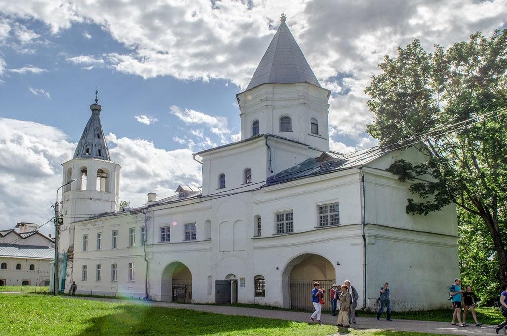 Воротная башня Гостиного двора, Великий Новгород