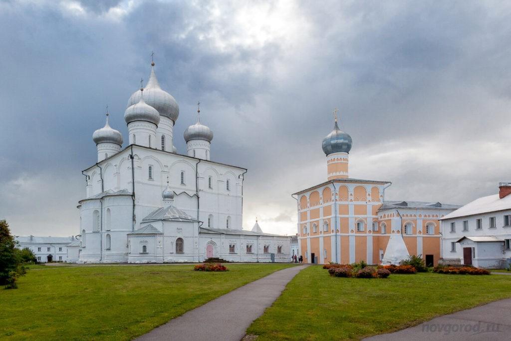 Спасо-Преображенский Варлаамо-Хутынский женский монастырь, Великий Новгород