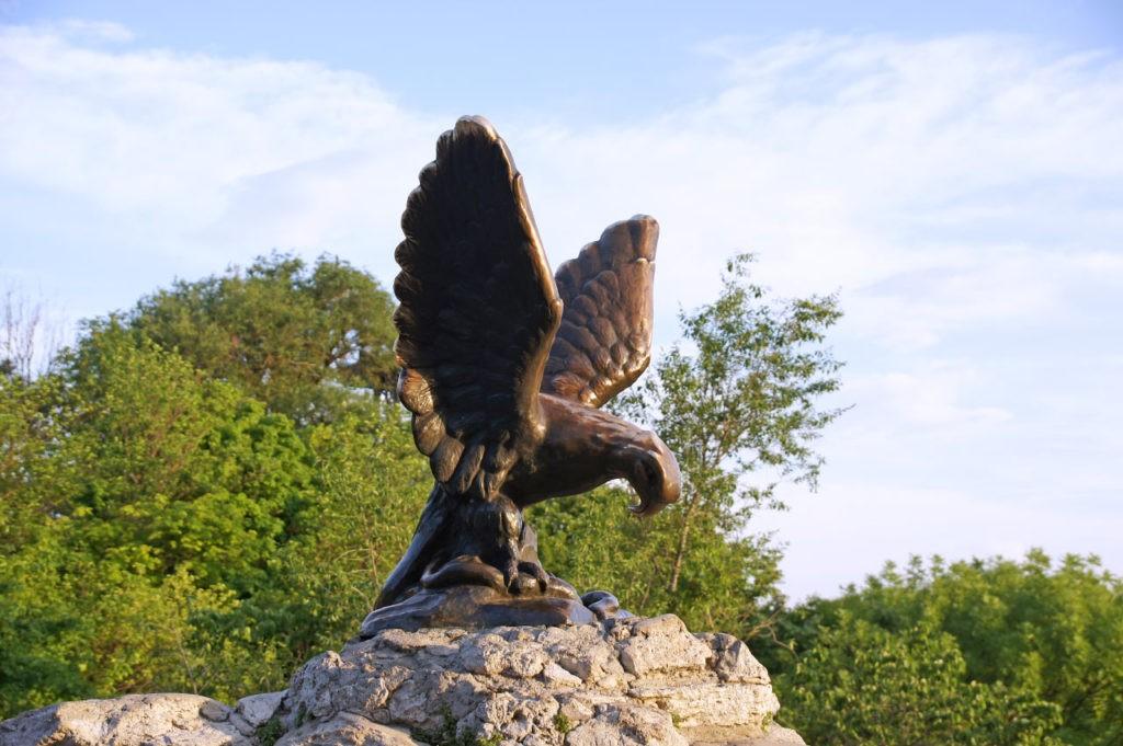 Скульптура орла, Пятигорск
