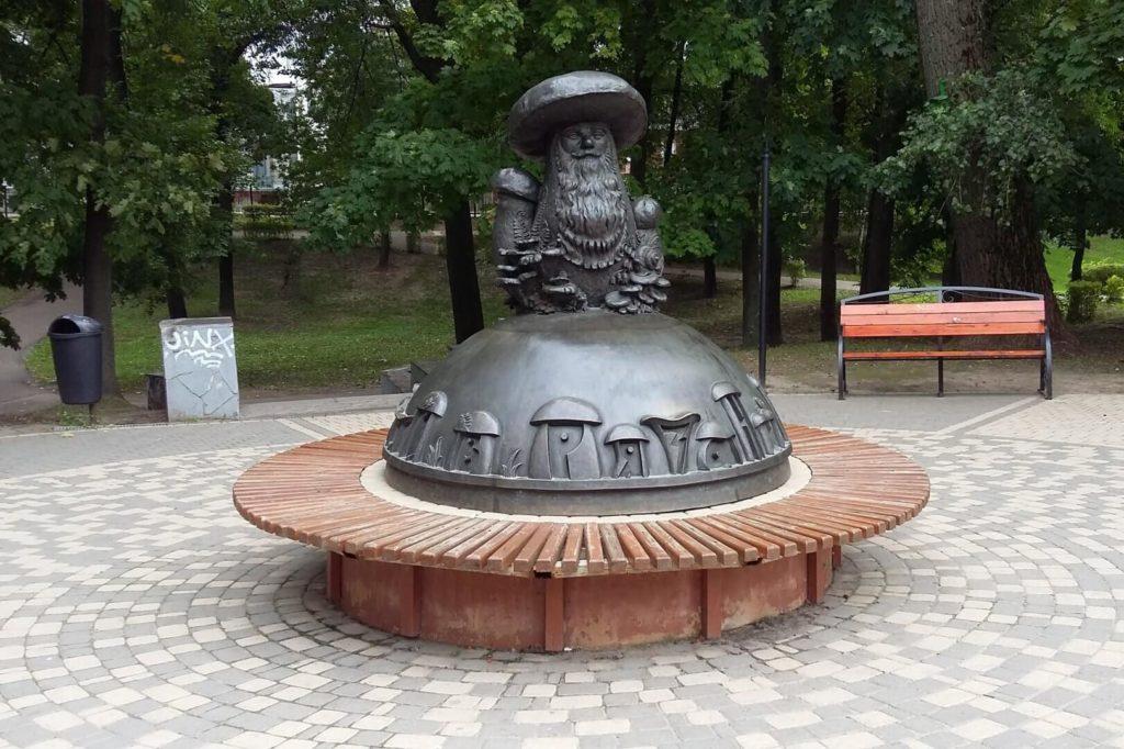 Скульптура «Грибы с глазами», Рязань