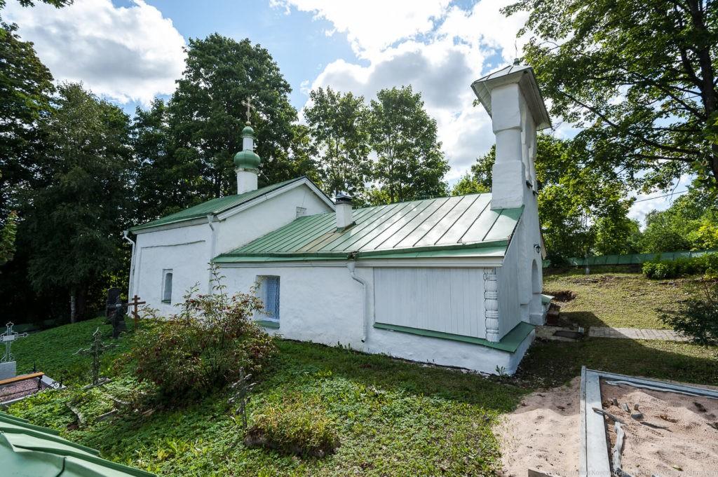 Храм Сергия Радонежского и Никандра Псковского, Изборск