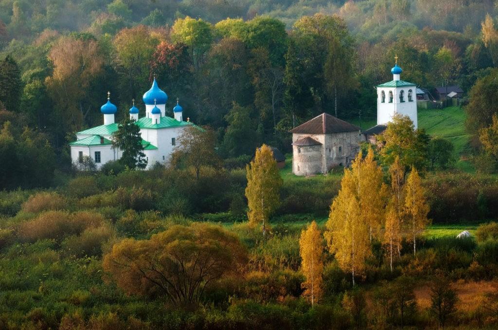 Мальский Спасо-Рождественский монастырь, Изборск