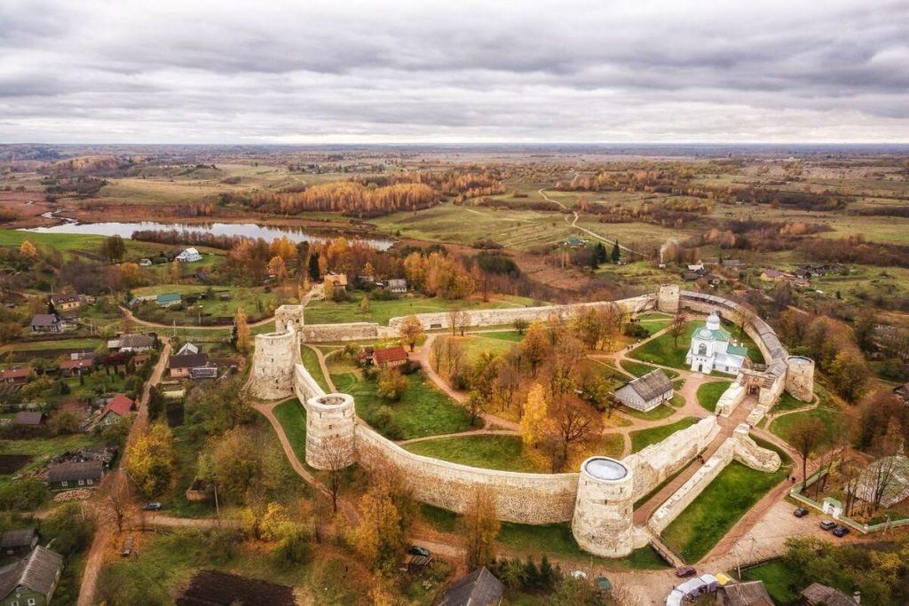 Изборская крепость, Изборск