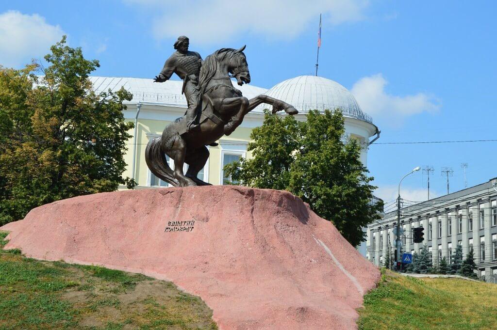 Памятник Евпатию Коловрату, Рязань