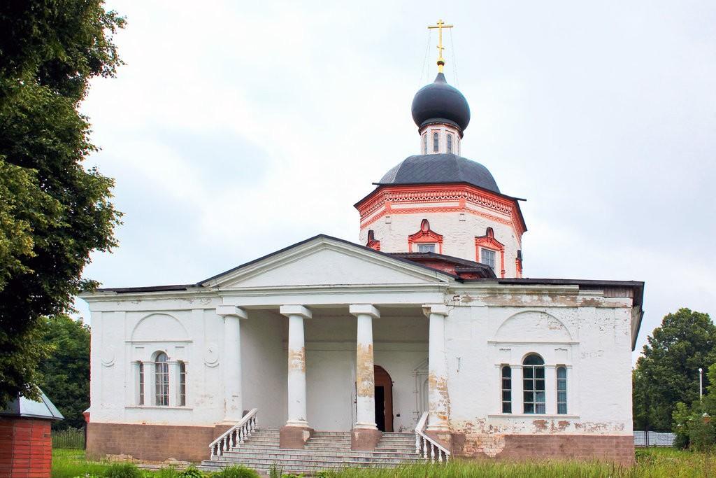 храм Иоанна Богослова, Красное