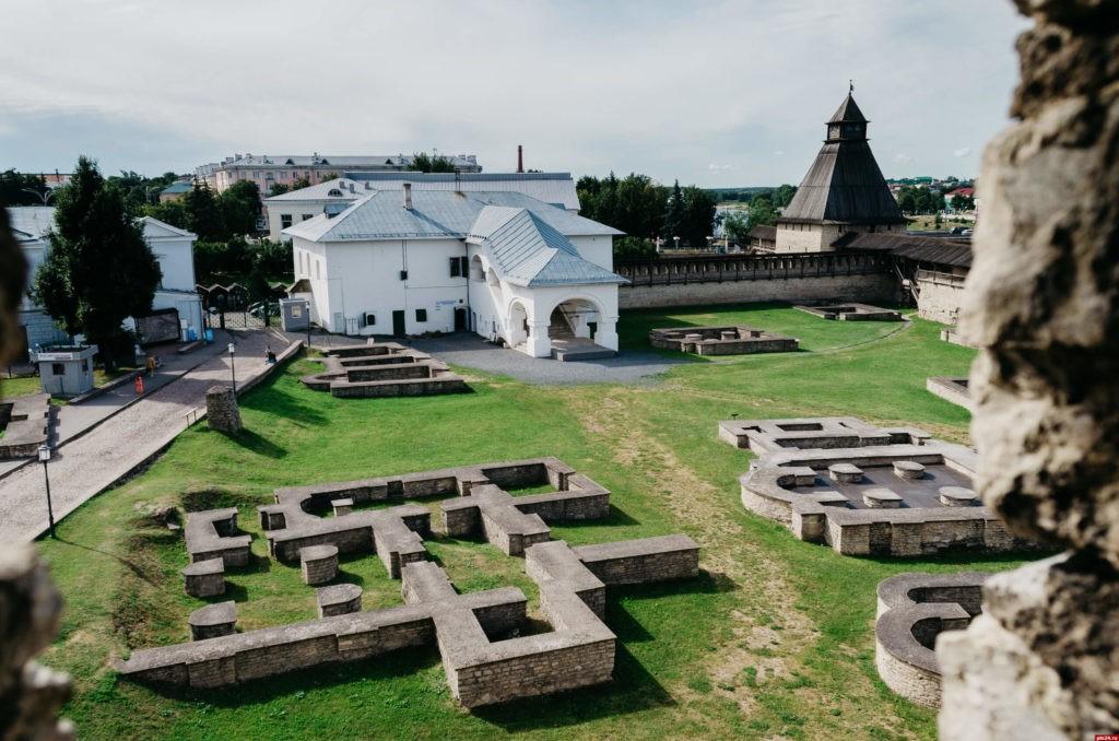 Довмонтов город, Псков