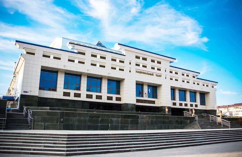 Национальный драматический театр имени П.В. Кучияка, Горно-Алтайск