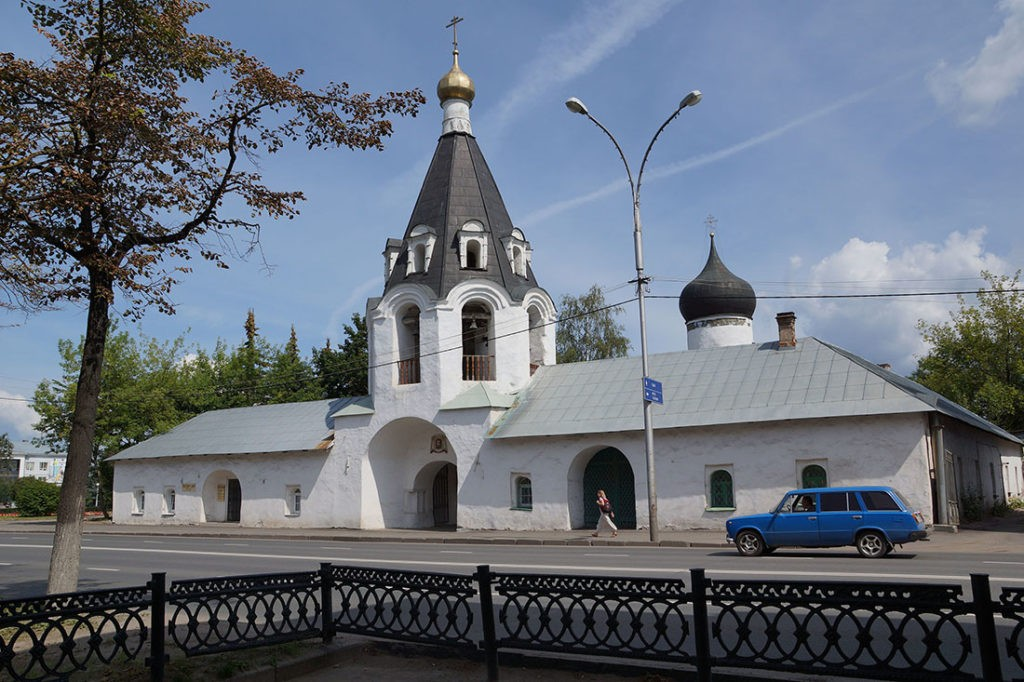 Церковь Архангелов Михаила и Гавриила, Псков