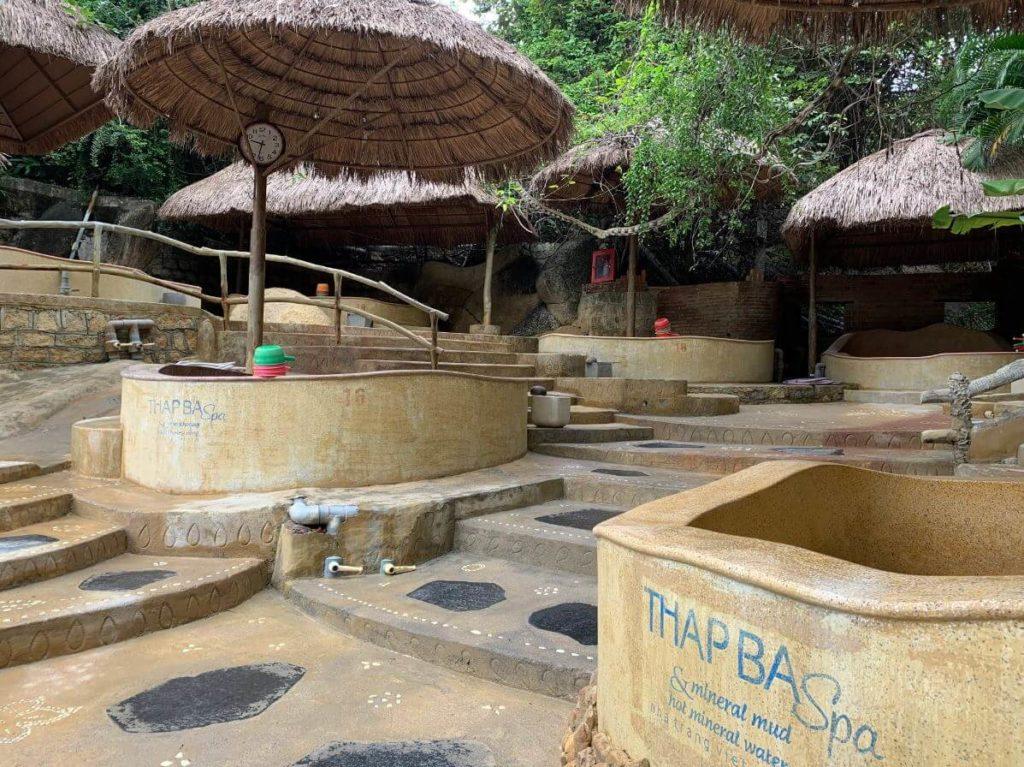 Термальные источники Тхап Ба, Нячанг