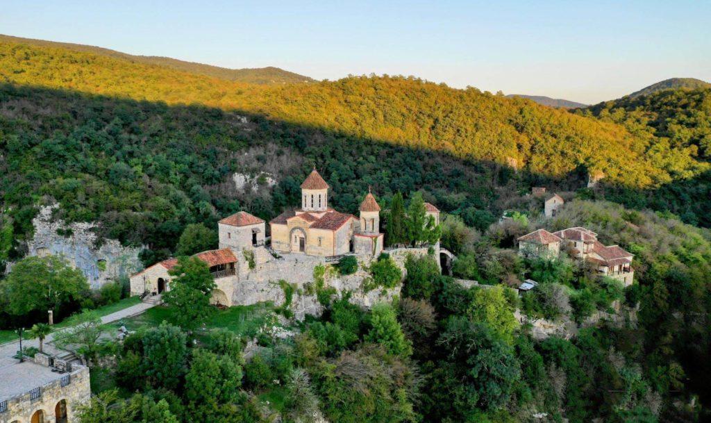 Монастырь Моцамета, Кутаили, Грузия