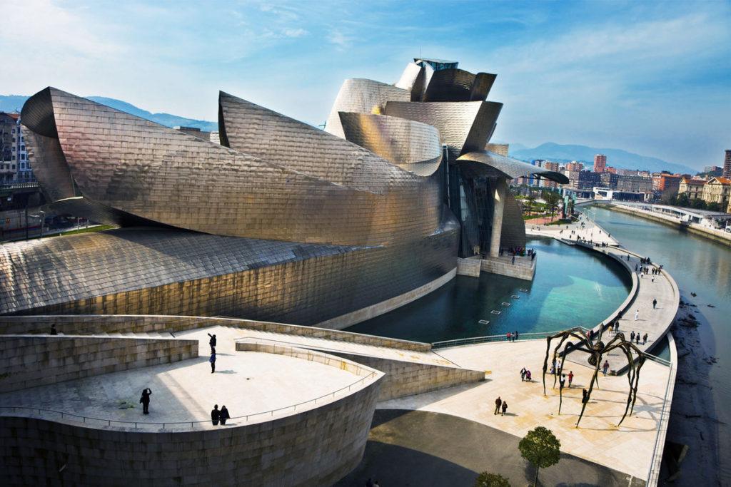 Музей Гуггенхайма (г. Бильбао), Испания