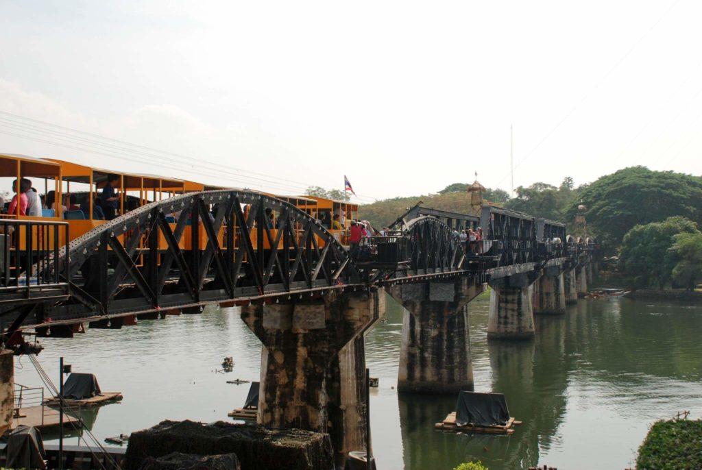 Мост через реку Квай (г. Канчанабури), Таиланд
