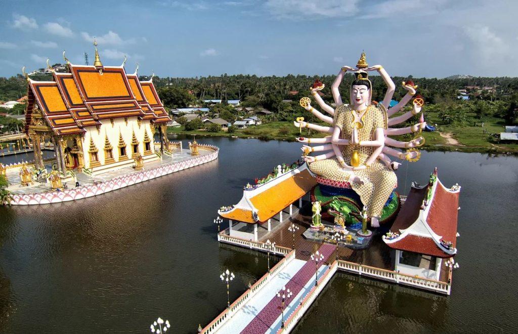 Храм Плай Лаем (о. Самуи)