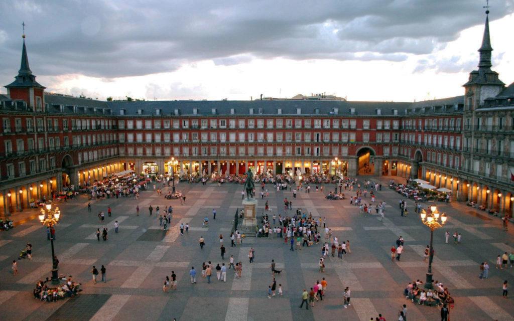 Площадь Пласа-Майор (г. Мадрид), Испания