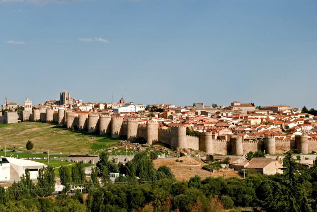 Стены Авилы (г.Авила), Испания
